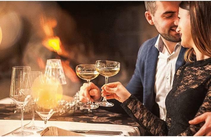 Boire vin et champagne