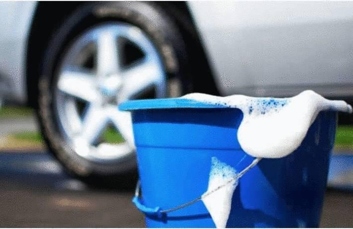 Auto moto v lo toutpratique - Nettoyer sa voiture au vinaigre blanc ...