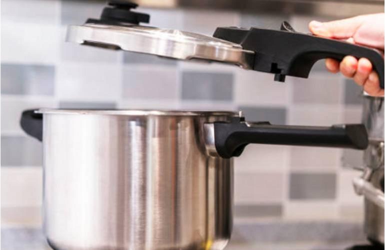 Cuisine toutpratique - Nettoyer cocotte minute ...