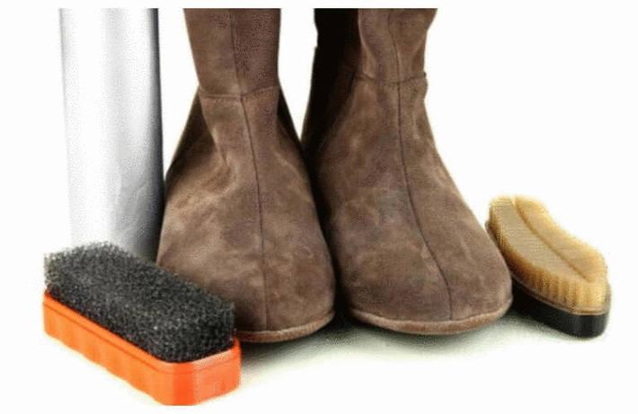 Taches sur chaussures en daim