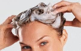 Le masque de kéfir est utile aux cheveux