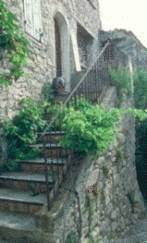 Nettoyer un mur en pierre tout pratique for Nettoyer mur exterieur