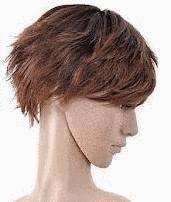 ou essayer des perruques Dans la section perruque de notre site vous découvrirez un grand choix de perruque femme et homme, des compléments capillaires en fibres synthétiques exceptionnelles ou en cheveux naturels de la plus grande qualité.