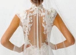 Robe blanche qui jaunit