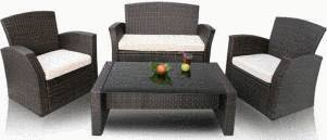 nettoyer son salon de jardin en r sine tress e tout pratique. Black Bedroom Furniture Sets. Home Design Ideas