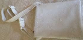 Comment nettoyer du stylo sur du cuir tout pratique - Comment nettoyer des chaises en cuir ...