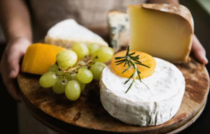 comment servir fromage et dessert