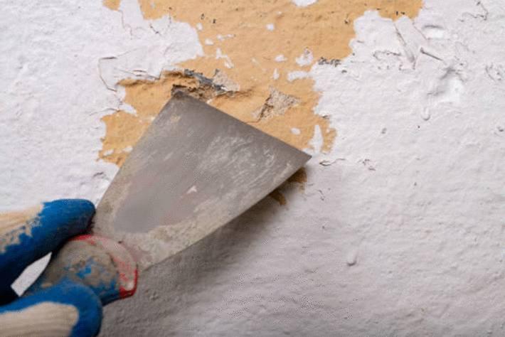 Comment décaper la peinture sur du bois, du métal, du ...