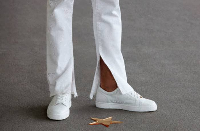 comment nettoyer chaussure blanche toile