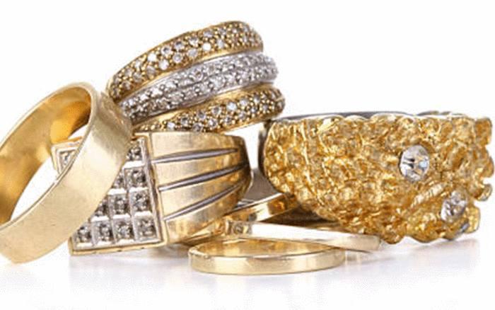 quel produit pour les bijoux en or