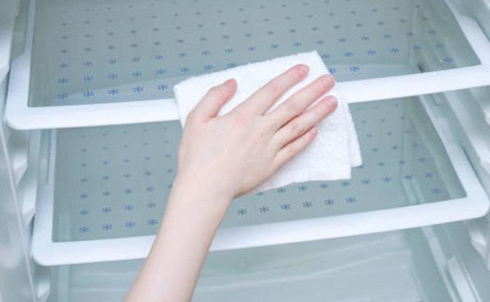 désinfecter et désodoriser congélateur après une panne