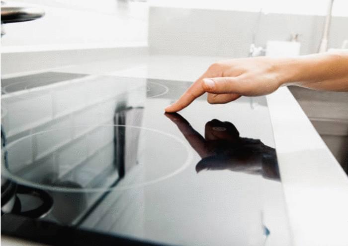 quel produit pour enlever rayure ou brulé sur plaque vitrocéramique