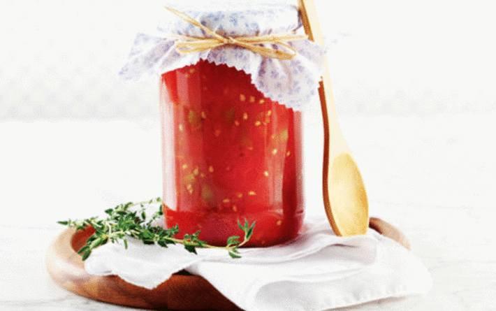 conserve de tomates en bocal