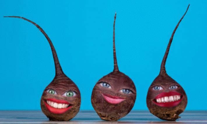 3 betteraves avec des yeux et une bouche