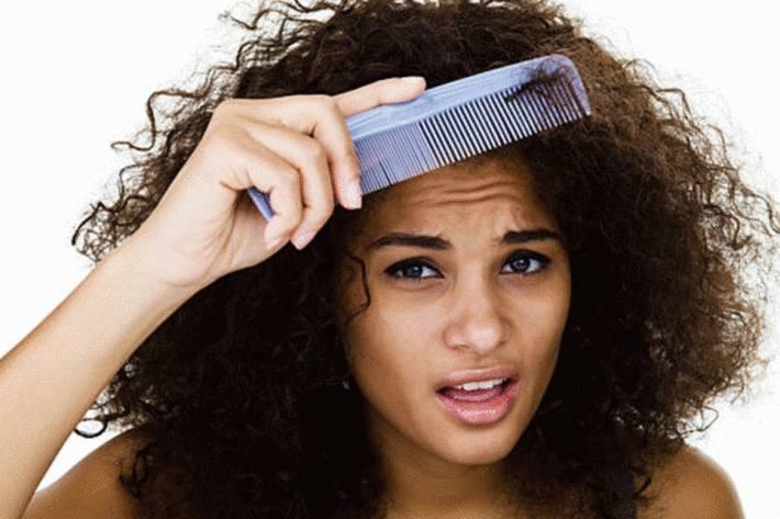 comment enlever les noeuds dans les cheveux