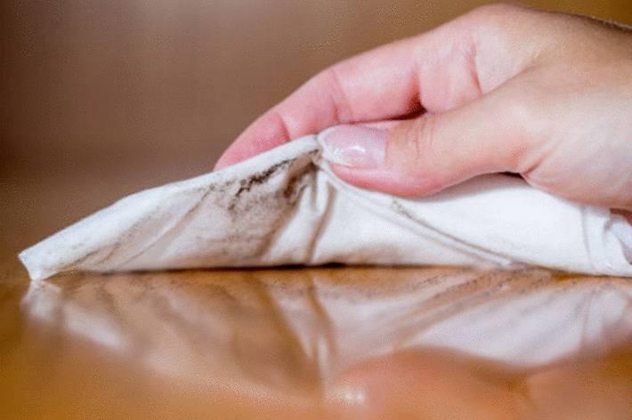 comment nettoyer et entretenir un meuble en bois
