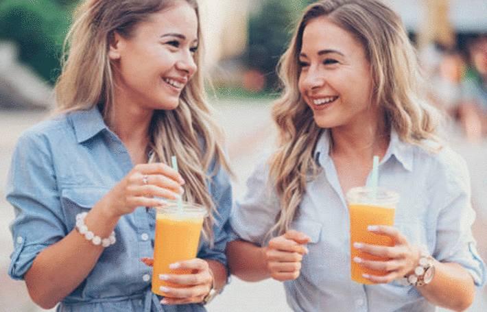 tache de jus de fruit