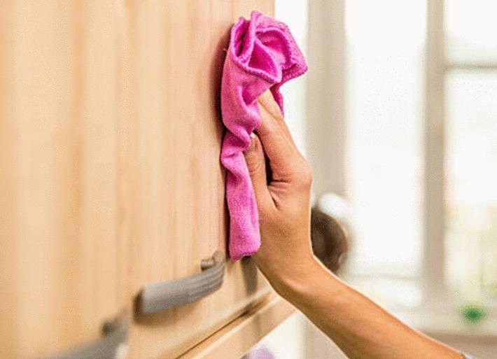 comment nettoyer les placards de la cuisine