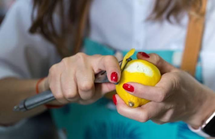 20 utilisations du zeste de citron beauté, santé, odeur, répulsif
