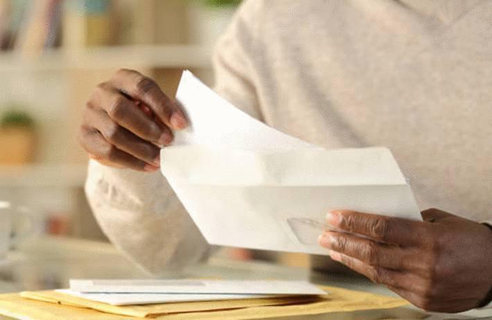 quoi écrire sur une enveloppe savoir-vivre