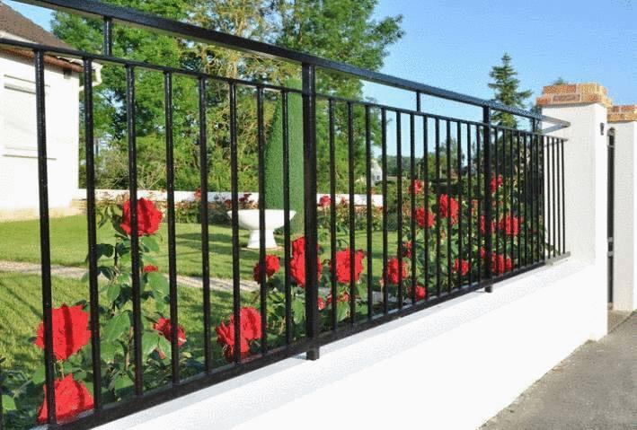 comemnt nettoyer portail ou grille métal peint