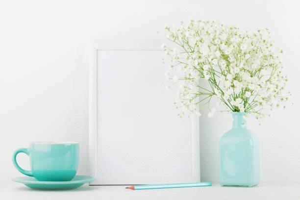 comment nettoyer un vase étroit ou une carafe