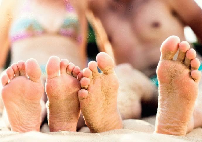 comment enlever le sable sur la peau