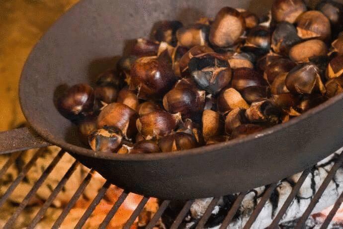 comment faire  cuire des marrons dans la cheminée