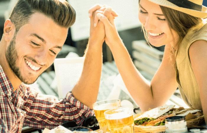 Premier rendez vous avec un homme rencontré sur internet