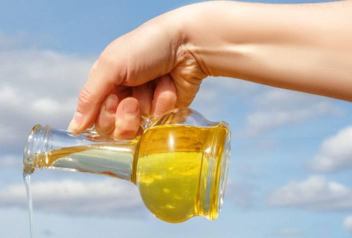 Comment enlever une tache d'huile Tout pratique