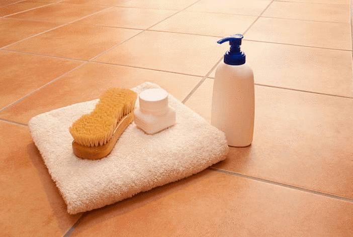 comment nettoyer tomettes ou sol terre cuite