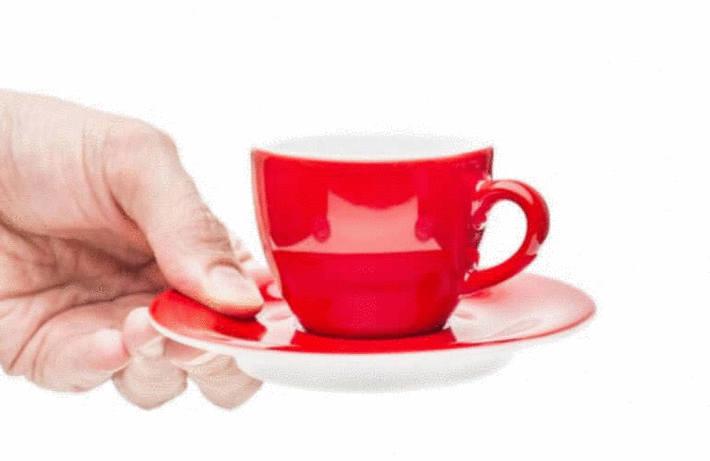 Servir le café et les rafraichissements