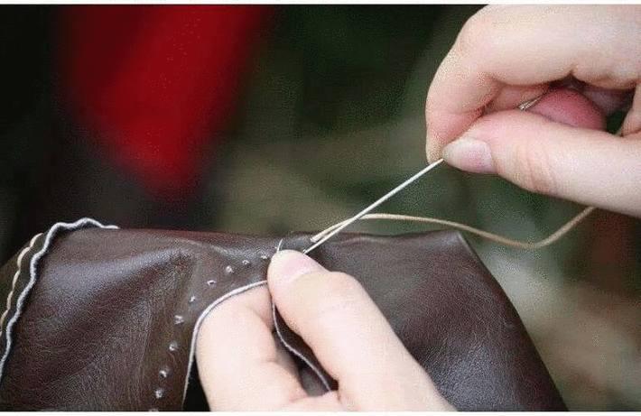 Réparer le cuir d'un vêtement