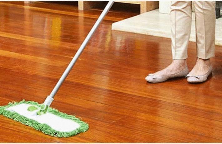 Nettoyer un parquet huilé