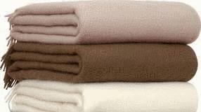 laver une couverture tout pratique. Black Bedroom Furniture Sets. Home Design Ideas